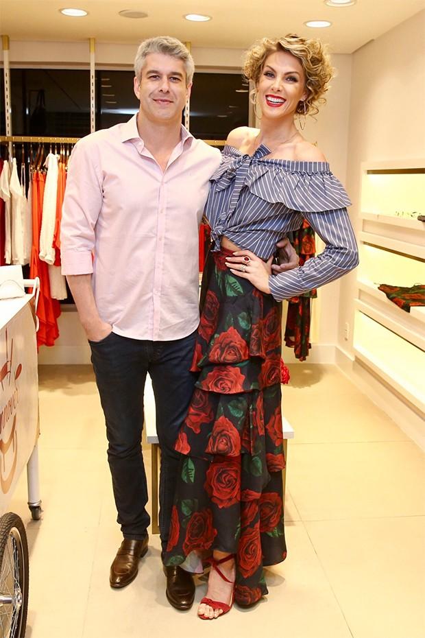 Ana Hickmann e cunhado, Gustavo (Foto: Manuela Scarpa/Brazil News)