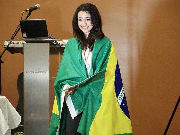 Larissa Fernandes de Aquino, aluna participante da Olimpíada Brasileira de Astronomia e Astronáutica (OBA) (Foto: Divulgação)