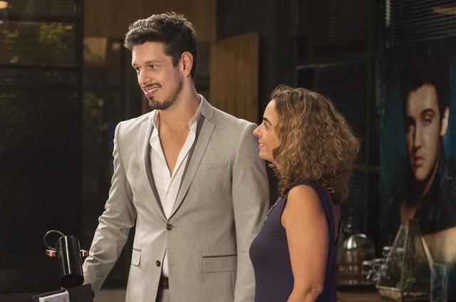 Maria de Médicis e João Vicente de Castro  (Foto: Maurício Fidalgo/TV Globo)