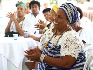 Mãe Jaciara dos Santos, filha biológica de Mãe Gilda e atual ialorixá do Abassá de Ogum (Foto: Elói Corrêa/GOVBA)