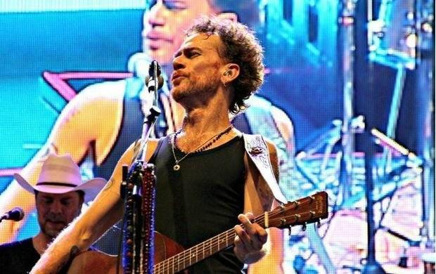 Nando Reis se apresentou nesta quarta-feira (09), em Manaus (Foto: Marcos Dantas/ G1 AM)