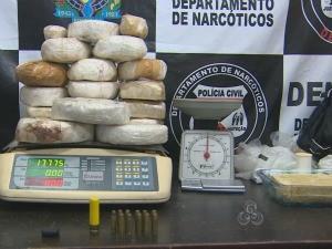 Droga apreendida seria levada para Cacoal, RO (Foto: Reprodução/TV Rondônia)