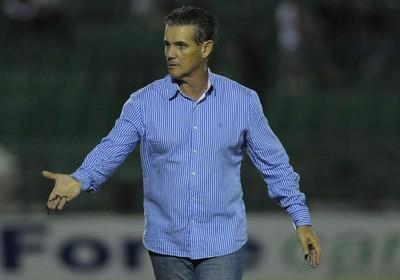 Paulo Roberto Santos técnico Guarani (Foto: Rodrigo Villalba / Memory Press)