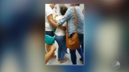 Trabalhadores passam mal após dedetização em empresa de telemarketing de Lauro de Freitas