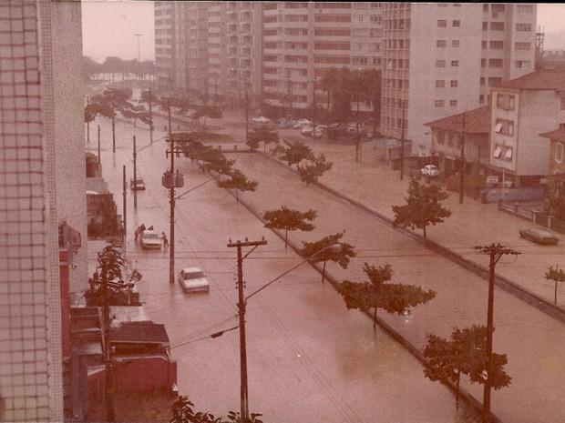 Avenida Pinheiro Machado e Canal 1 em 1978 (Foto: Marcos Valim/Arquivo Pessoal)