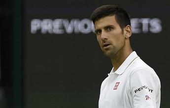 Sob olhar de celebridades, Djokovic vence mais uma e pode pegar Bellucci