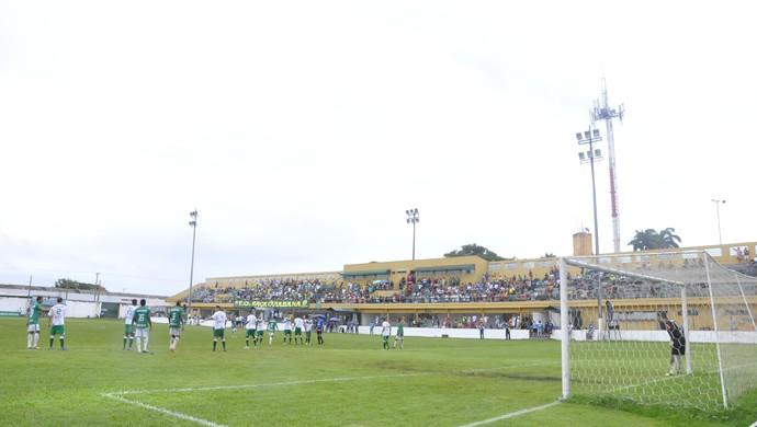 Cuiabá e Luverdense final do Mato-grossense 2014 (Foto: Christian Guimarães)