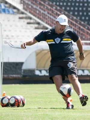 Edson Vieira, técnico Rio Branco (Foto: Sanderson Barbarini   FOCO NO ESPORTE)