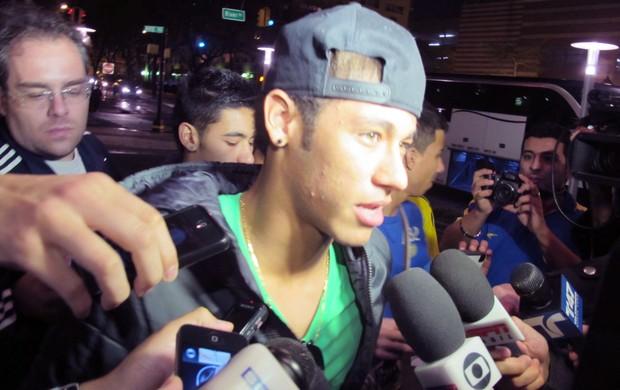 Neymar, Chega em Nova Jersey (Foto: Leandro Ferreira / Agência Estado)