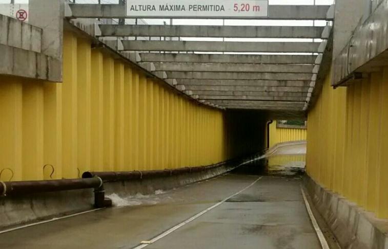 Túnel da avenida Capitão Mor Gouveia que corta a avenida Prudente de Morais. (Foto: Foto: Divulgação / STTU)