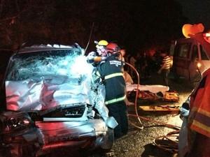 Colisão aconteceu na rodovia MG-050, entre Divinópolis e Formiga (Foto: Polícia Rodoviária/Divulgação)