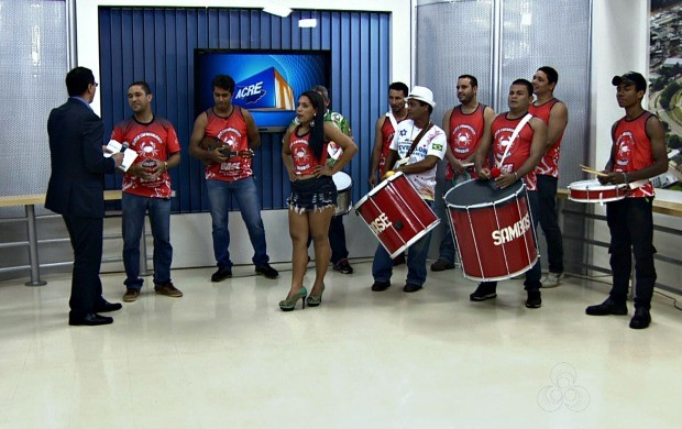 Bloco 'Sambase' se apresenta no Acre TV (Foto: Acre TV)