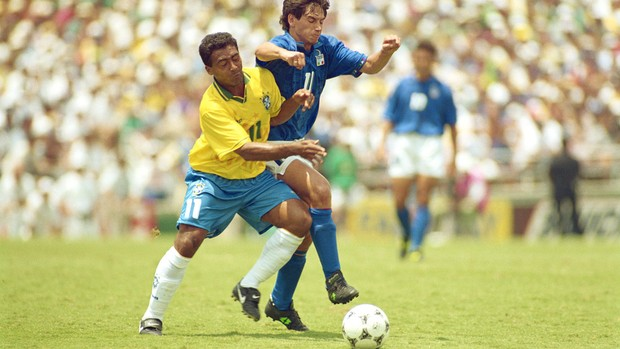 Demétrio Albertini e Romario 94 (Foto: Getty Images)