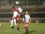 Samuel perde chances incríveis, mas faz gol no fim e Bota-SP bate o Mogi