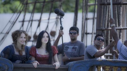 Navio cenográfico de 'Novo Mundo' impressiona e carrega diferencial, diz Letícia Colin