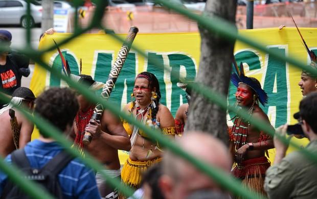 maracanã protesto (Foto: Nelson Veiga/Globoesporte.com)