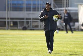 Roger Machado, técnico do Grêmio (Foto: Lucas Uebel / Grêmio / Divulgação)