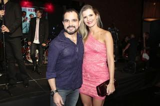 Luciano com a mulher, Flávia Camargo, em festa em São Paulo (Foto: Rafael Cusato/ Foto Rio News)