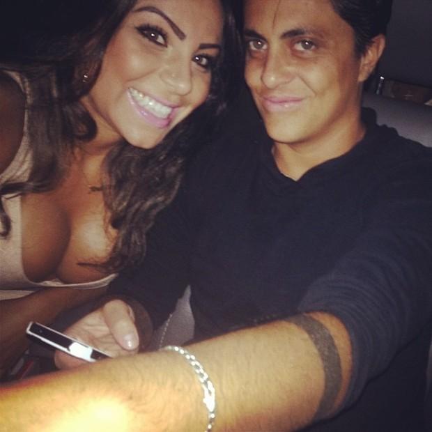 Thammy Miranda e namorada, Alessandra Ferreira, em boate em São Paulo (Foto: Instagram/ Reprodução)