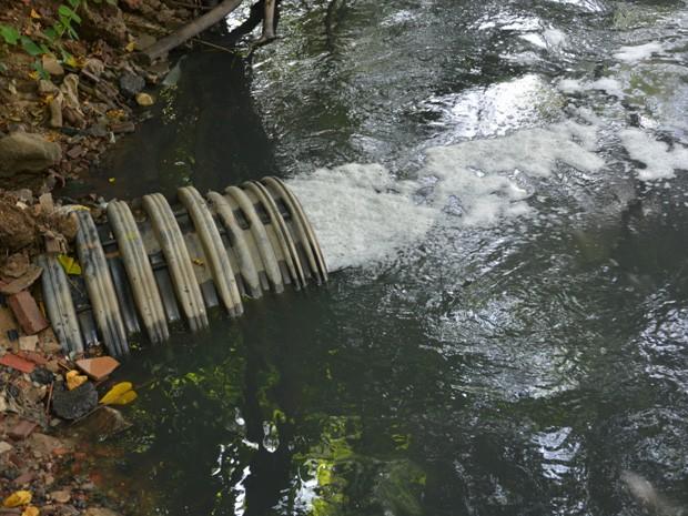 Operação da Polícia Federal verifica lançamento de esgoto não tratado em rios de Pernambuco (Foto: Divulgação / Polícia Federal)