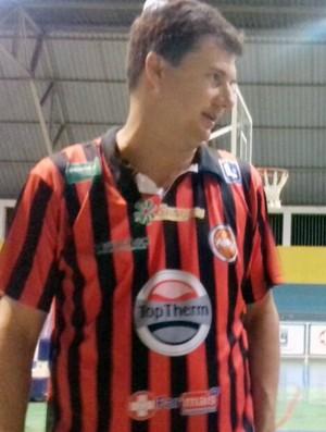 Flávio Prado, técnico do Venceslau (Foto: Katiuscia Reis / TV Fronteira)