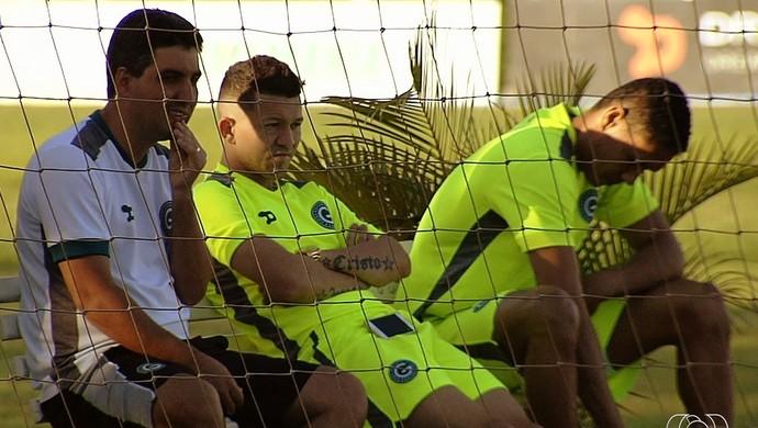 Rossi, atacante do Goiás (Foto: Reprodução/TV Anhanguera)
