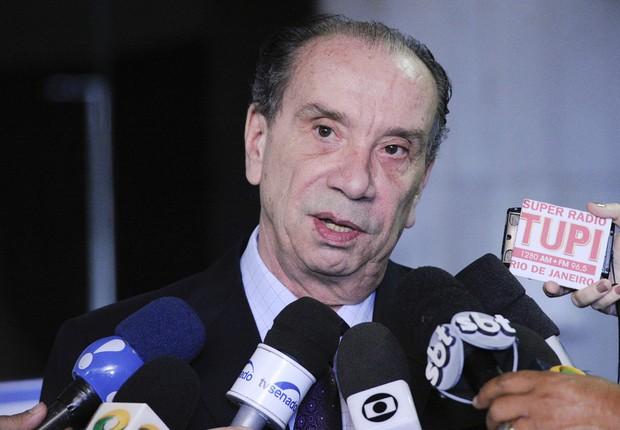 O senador Aloysio Nunes (PSDB-SP) concede entrevista (Foto: Edilson Rodrigues/Agência Senado)
