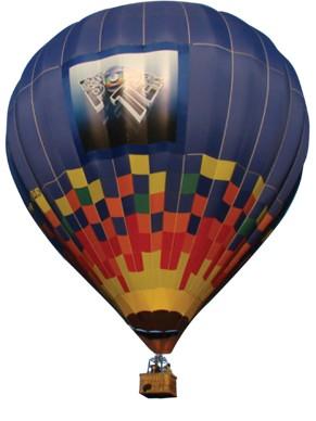 Equipe do Globo Repórter explora a Mata Atlântica em expedição de balão (Foto: Divulgação Rede Globo)