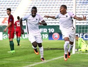 Marcus Thuram e Kylian Mbappe comemoram gol da França na Euro sub-19