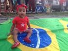 'É pelo futuro dela', diz mãe após levar bebê a manifestação em Caruaru, PE