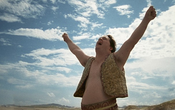 Stallone (Ariel Goldenberg) é um dos aventureiros de 'Colegas', filme que a Globo exibe no Cine Fã-Clube do dia 12 (Foto: Divulgação)