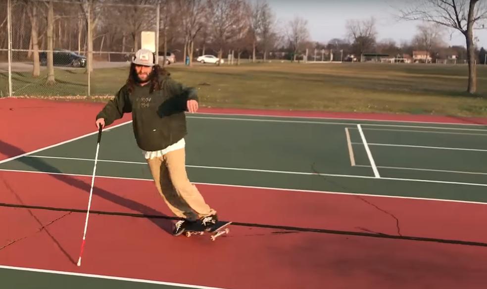 Daniel Mancina voltou a andar de skate nos últimos três anos (Foto: Reprodução)
