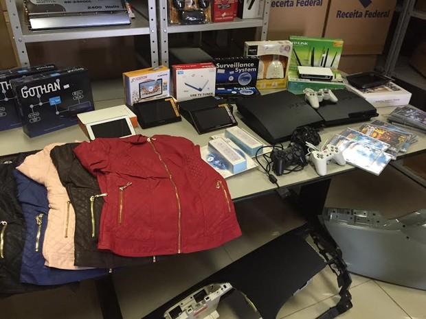 Operações do Goep apreenderam roupas e eletrônicos ao longo do ano (Foto: Marcello Carvalho/G1)