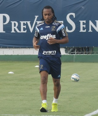 Arouca treino Palmeiras (Foto: Felipe Zito)