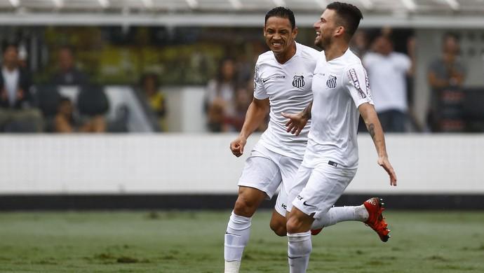 Lucas Lima e Ricardo Oliveira Santos x Goiás (Foto: Estadão Conteúdo)