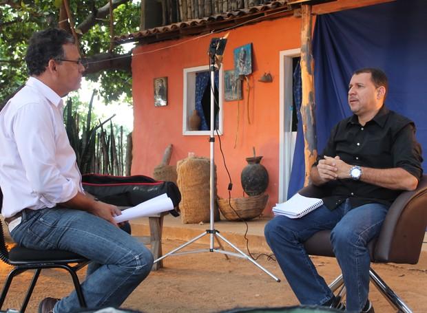 O locutor de FM Ronieverton falou da importância da valorização do sertanejo (Foto: Institucional/TV Grande Rio)