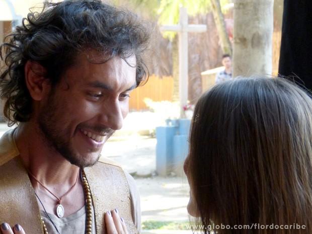 Acho que agora esse romance engata de uma vez (Foto: Flor do Caribe / TV Globo)