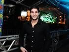 Ex-BBB André vai a evento sertanejo sem Fernanda: 'Coração apertado'