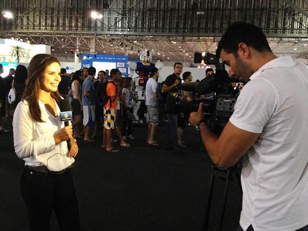 Lizandra Trindade, apresentadora do Globo Universidade, grava na Campus Party (Foto: Divulgação)