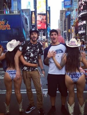Gabriel Medina Times Square (Foto: Reprodução Instagram)