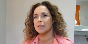 'Como queimar sutiã', diz Daniela Mercury (Reprodução/G1)