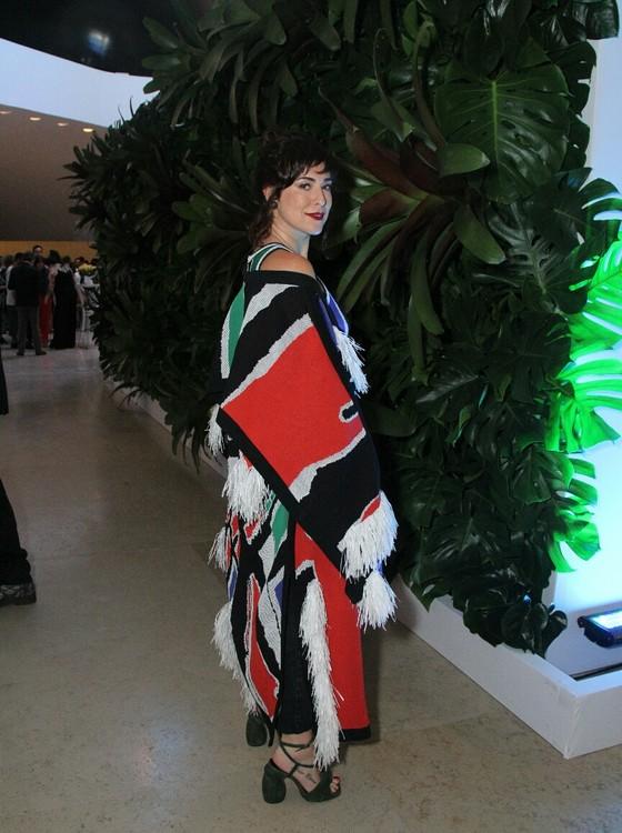 Fila A: Fernanda Paes Leme também marcou presença na noite de moda que agitou o Museu do Amanhã (Foto: AG. News)
