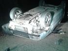 Após assaltar loja, criminosos fogem e capotam veículo em MG