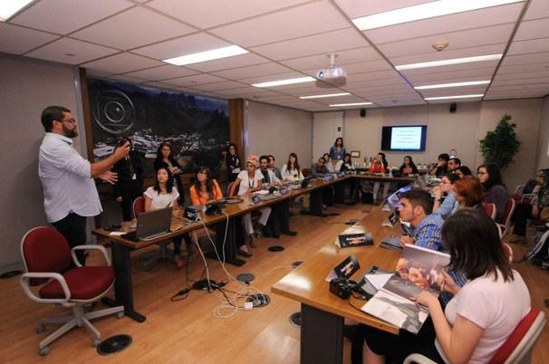 Estudantes selecionados pelo projeto Curtas Universitários assistiram a palestras de profissionais da Globo (Foto: Renato Velasco)