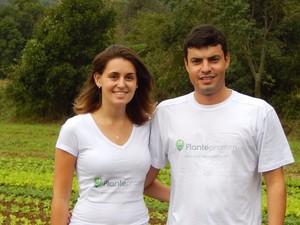 Agrônoma Suzeli Simon e o sócio Rodrigo Copetti desenvolveram o site Plantepramim (Foto:  Suzeli Simon/ Arquivo Pessoal)