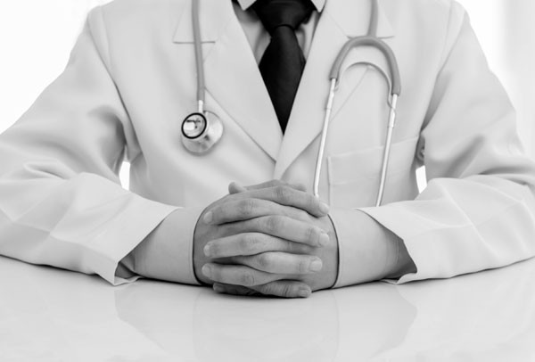 Você já foi assediada dentro do consultório médico?  (Foto: Thinkstock)