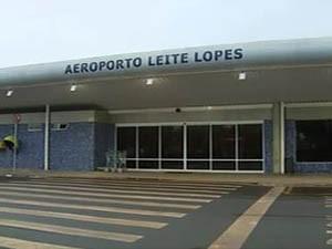 Aeroporto Leite Lopes em Ribeirão Preto, SP, terá câmeras de segurança (Foto: Reprodução/EPTV)