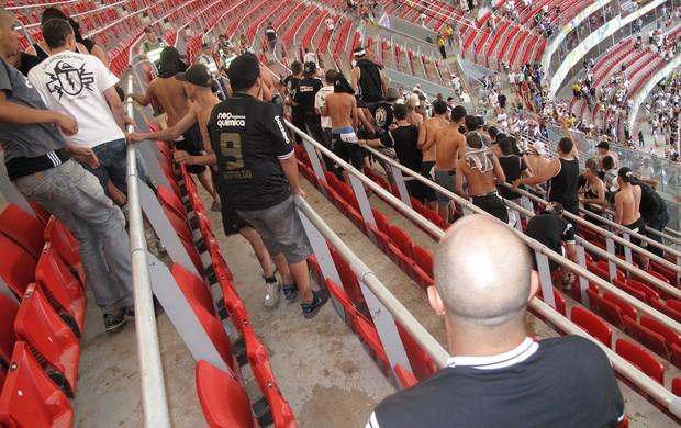 Briga Corinthians x Vasco (Foto: Raphael Zarko)