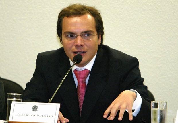 O doleiro Lúcio Bolonha Funaro em depoimento a CPI em 2006 (Foto: Roberto Stuckert Filho/Agência O Globo)