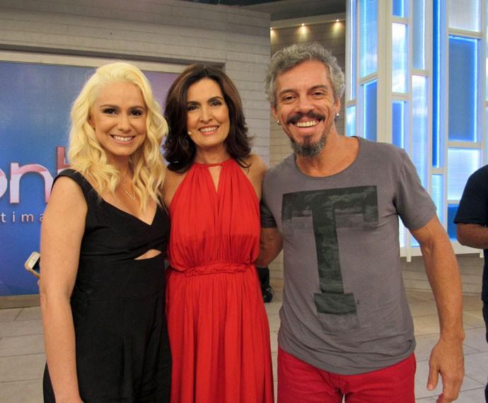 Aline Fanju, Fátima e Osvaldo Mil nos bastidores do 'Encontro'  (Foto: Priscilla Massena/Gshow)